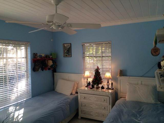 6. Single Family Homes for Sale at The Grove, West Bay Street, Nassau And Paradise Island Bahamas