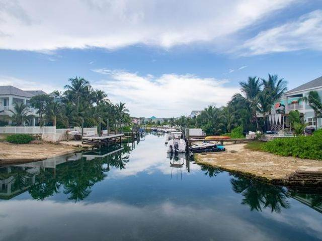 11. Single Family Homes for Sale at Sandyport, Cable Beach, Nassau And Paradise Island Bahamas