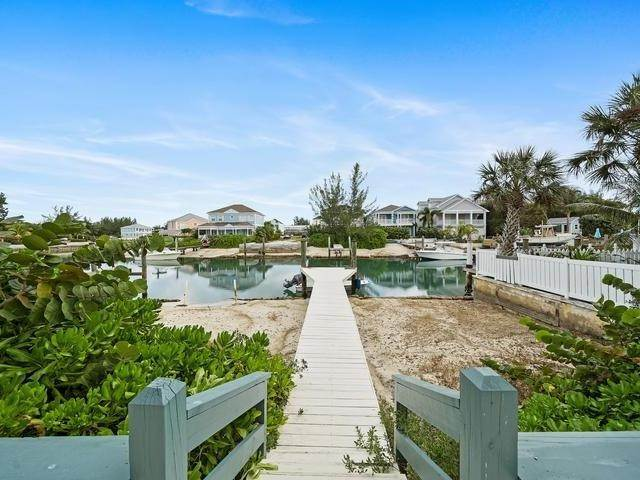 20. Single Family Homes for Sale at Sandyport, Cable Beach, Nassau And Paradise Island Bahamas