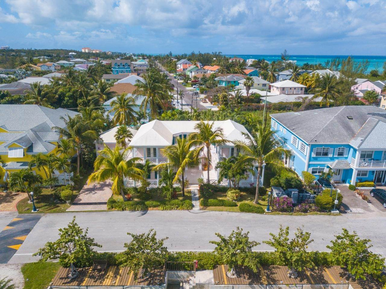 20. Single Family Homes at Sandyport, Cable Beach, Nassau And Paradise Island Bahamas