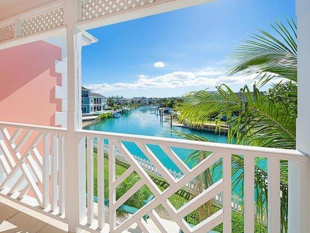 14. Single Family Homes for Sale at Sandyport, Cable Beach, Nassau And Paradise Island Bahamas