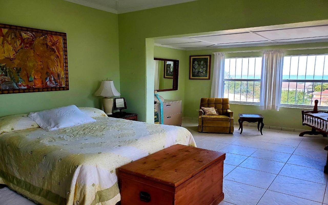 6. Single Family Homes for Sale at Winton Highway, Winton, Nassau And Paradise Island Bahamas