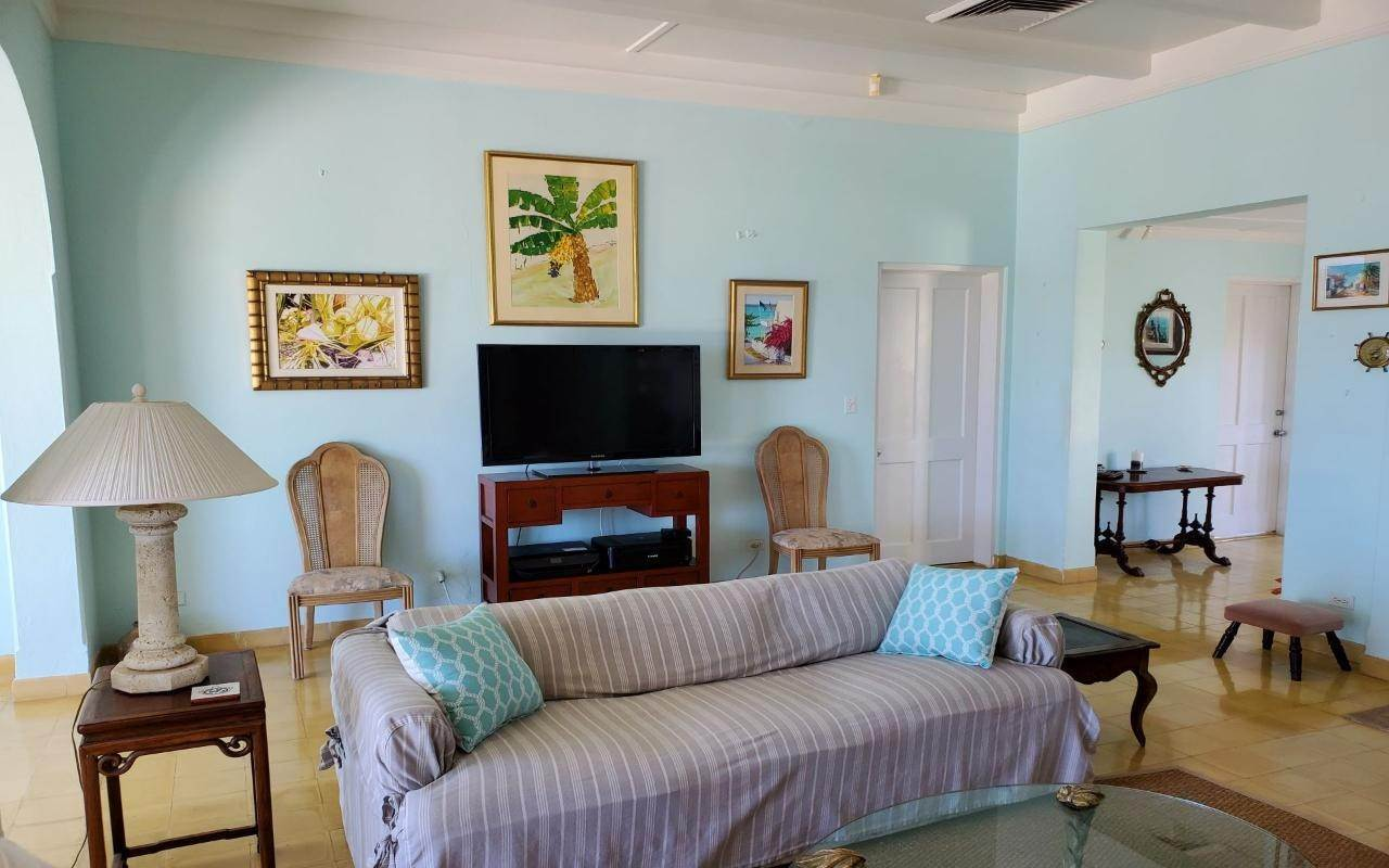 10. Single Family Homes for Sale at Winton Highway, Winton, Nassau And Paradise Island Bahamas