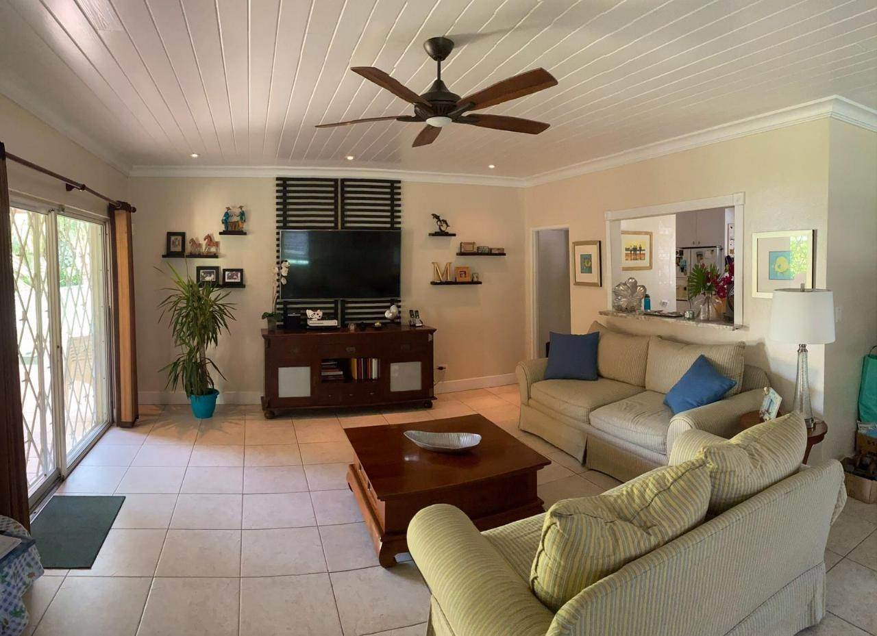 2. Single Family Homes for Sale at Westward Villas, Cable Beach, Nassau And Paradise Island Bahamas