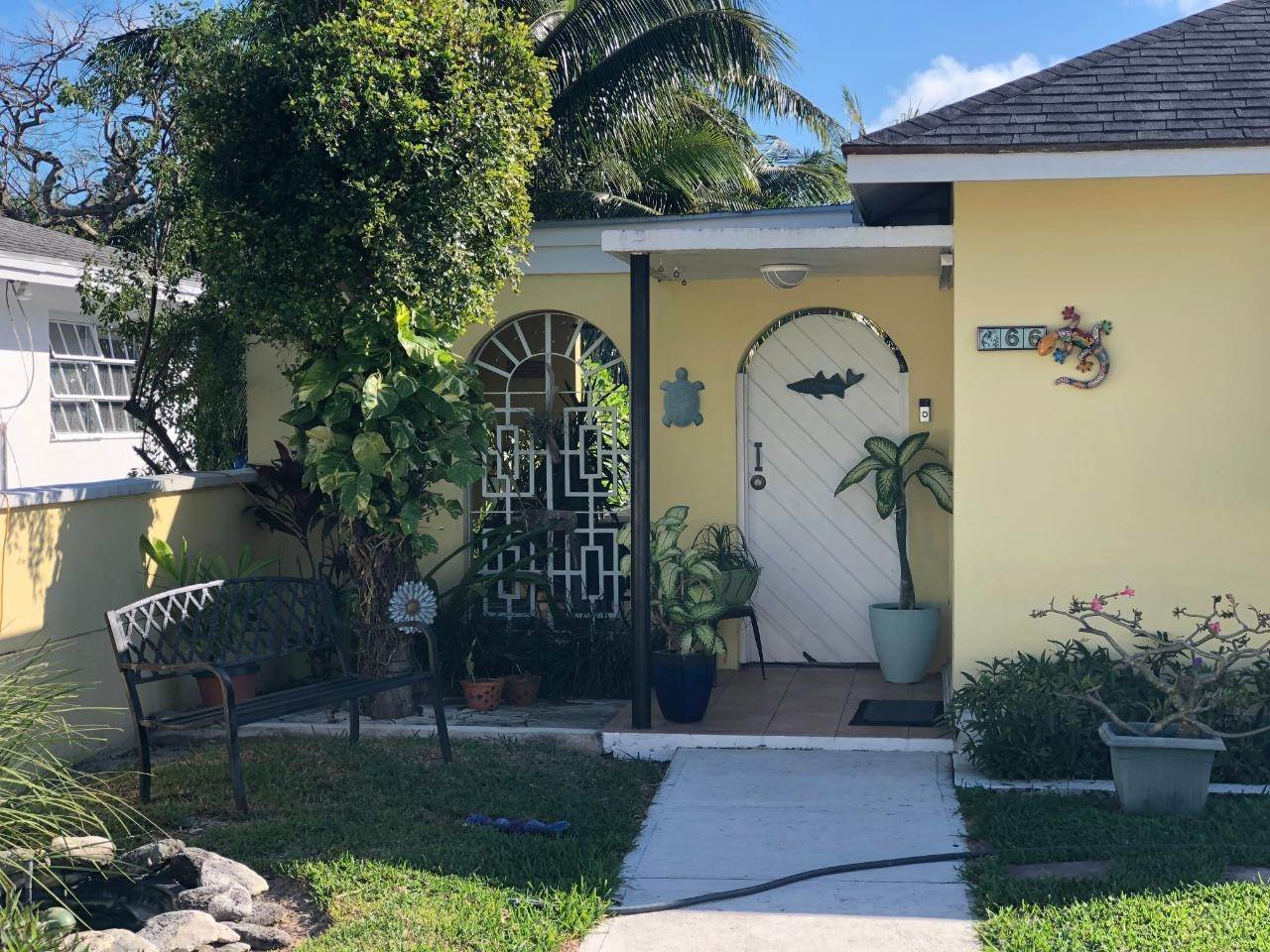 16. Single Family Homes for Sale at Westward Villas, Cable Beach, Nassau And Paradise Island Bahamas