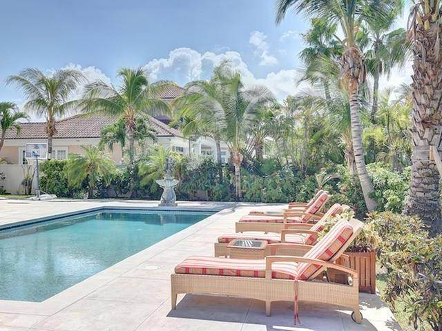16. Single Family Homes for Sale at Ocean Club Estates, Paradise Island, Nassau And Paradise Island Bahamas