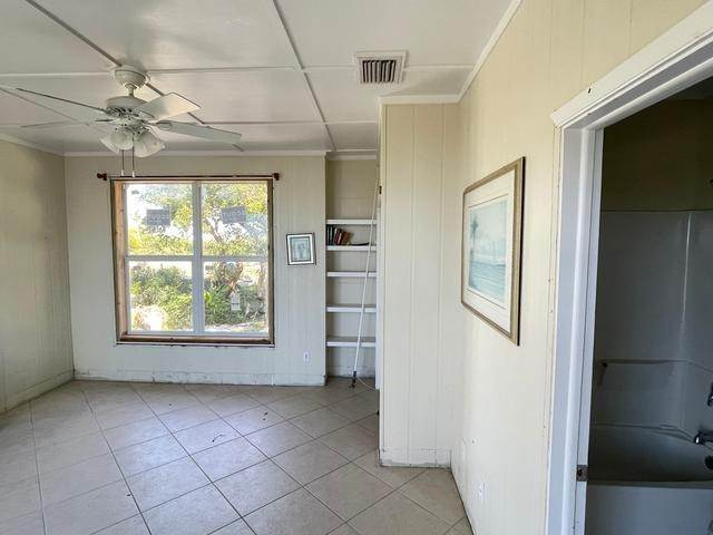 16. Single Family Homes for Sale at Orchid Bay, Guana Cay, Abaco Bahamas
