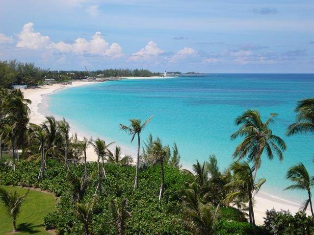 7. Condominiums for Sale at The Reef At Atlantis, Paradise Island, Nassau And Paradise Island Bahamas