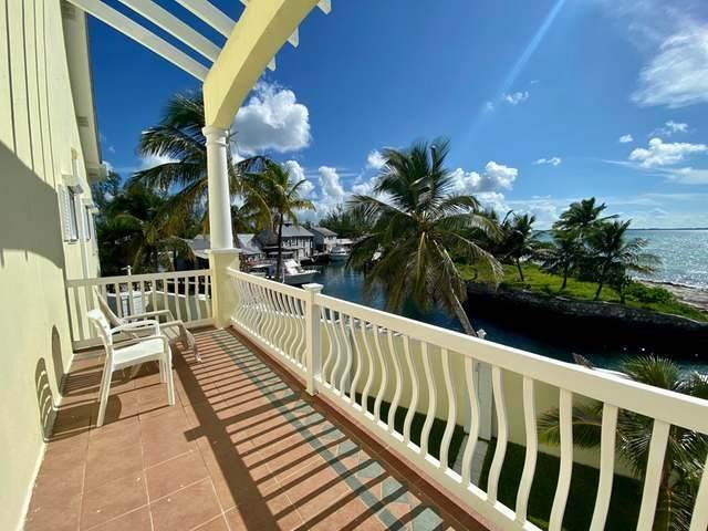 17. Condominiums for Sale at Royall Beach Estates, South Ocean, Nassau And Paradise Island Bahamas