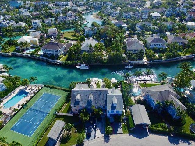 14. Condominiums at Sandyport, Cable Beach, Nassau And Paradise Island Bahamas