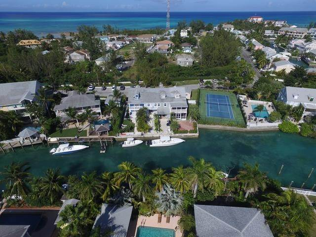 16. Condominiums at Sandyport, Cable Beach, Nassau And Paradise Island Bahamas