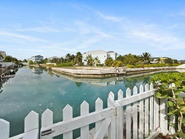 5. Condominiums for Sale at Sandyport, Cable Beach, Nassau And Paradise Island Bahamas