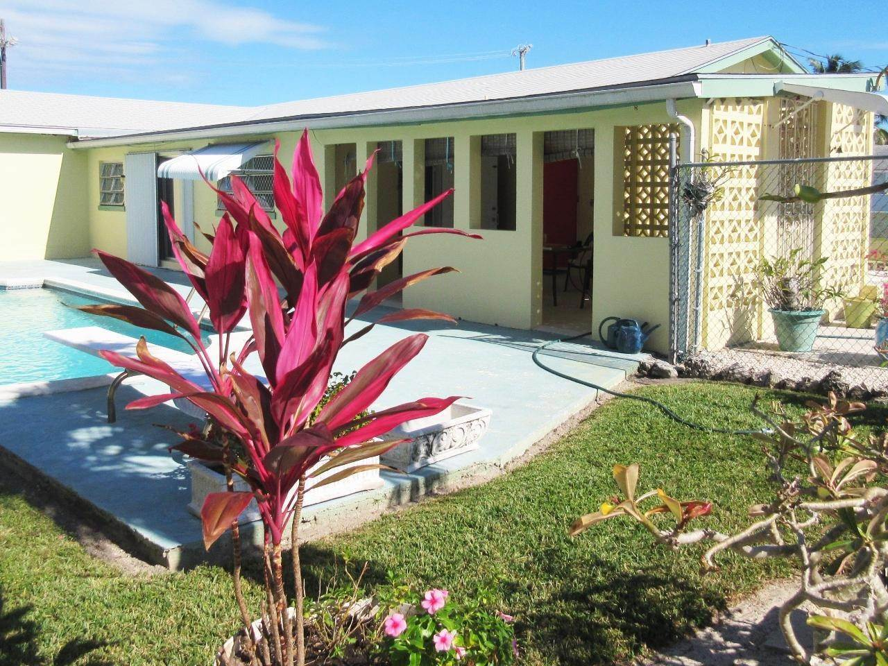 15. Single Family Homes for Sale at Blair Estates, Eastern Road, Nassau And Paradise Island Bahamas
