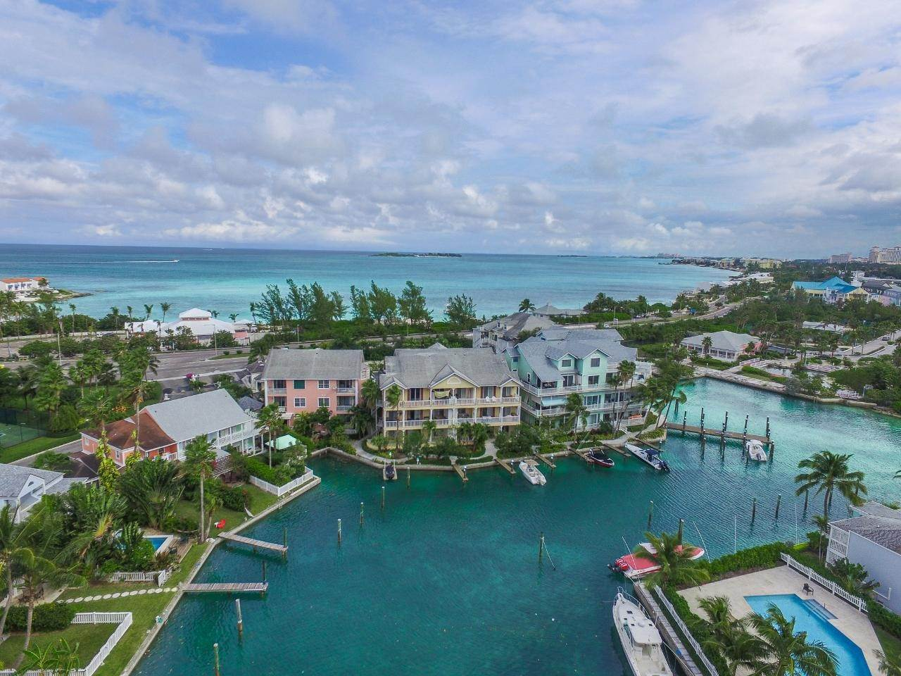 16. Single Family Homes at Sandyport, Cable Beach, Nassau And Paradise Island Bahamas
