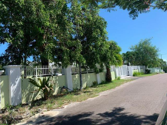 4. Single Family Homes for Sale at San Souci, Eastern Road, Nassau And Paradise Island Bahamas