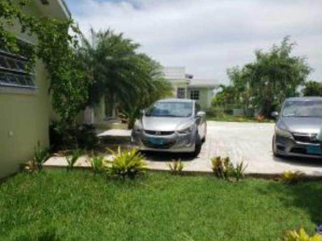 7. Single Family Homes for Sale at San Souci, Eastern Road, Nassau And Paradise Island Bahamas