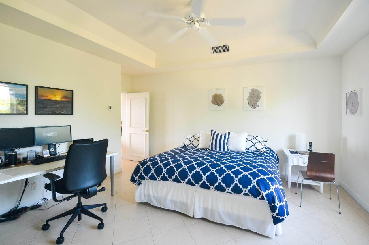 8. Condominiums for Sale at Harbour Breeze, Paradise Island, Nassau And Paradise Island Bahamas