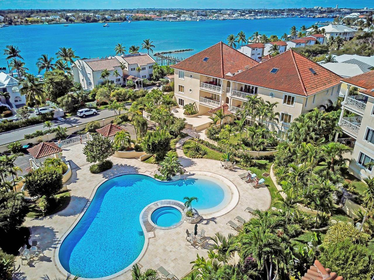 16. Condominiums for Sale at Harbour Breeze, Paradise Island, Nassau And Paradise Island Bahamas