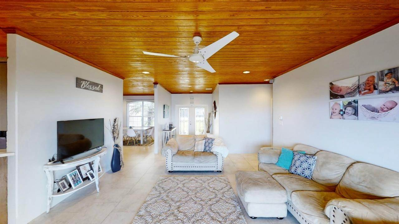 2. Single Family Homes for Sale at Russell Island, Spanish Wells, Eleuthera Bahamas