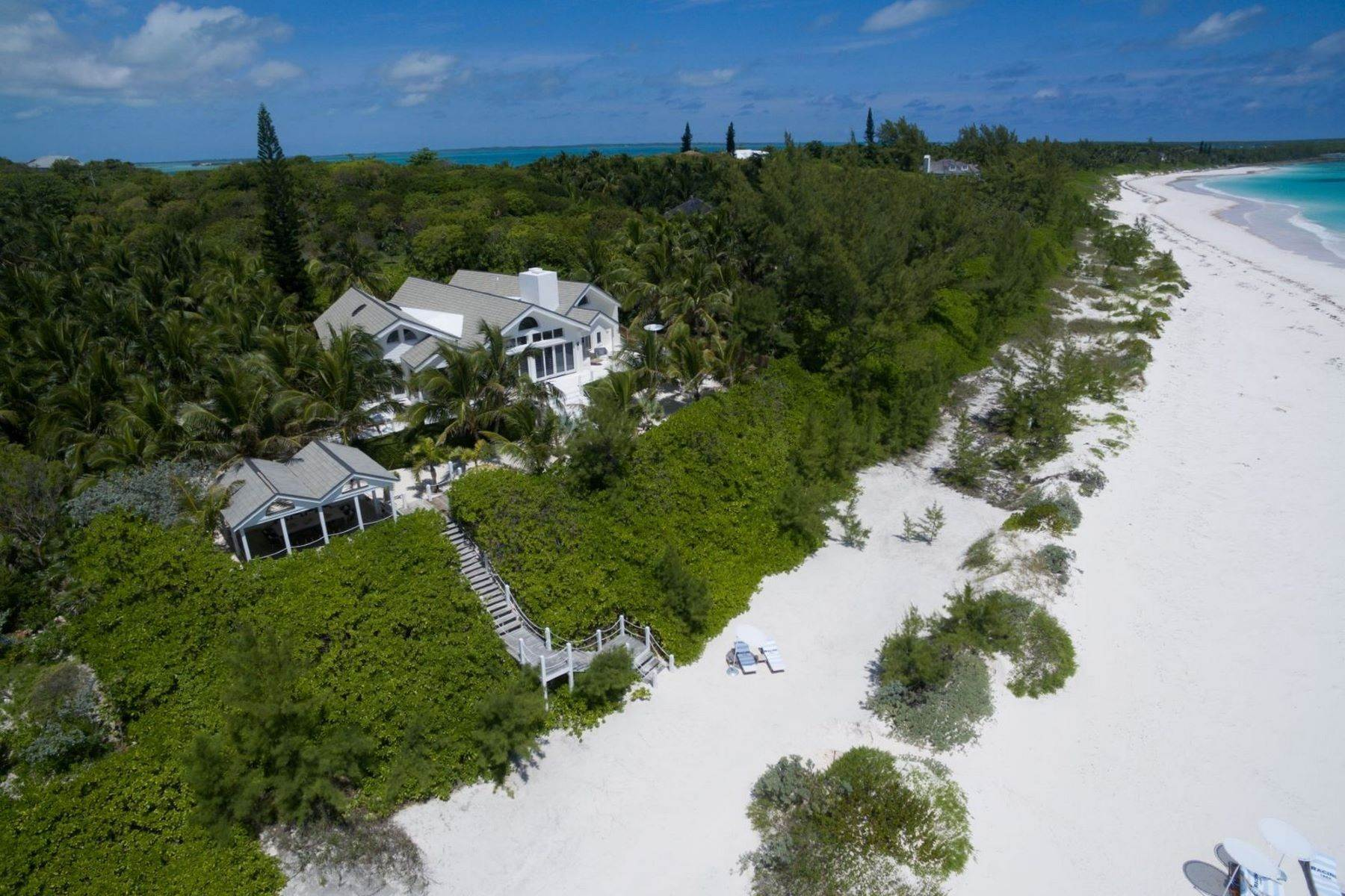 34. Single Family Homes for Sale at Harbour Island, Eleuthera Bahamas