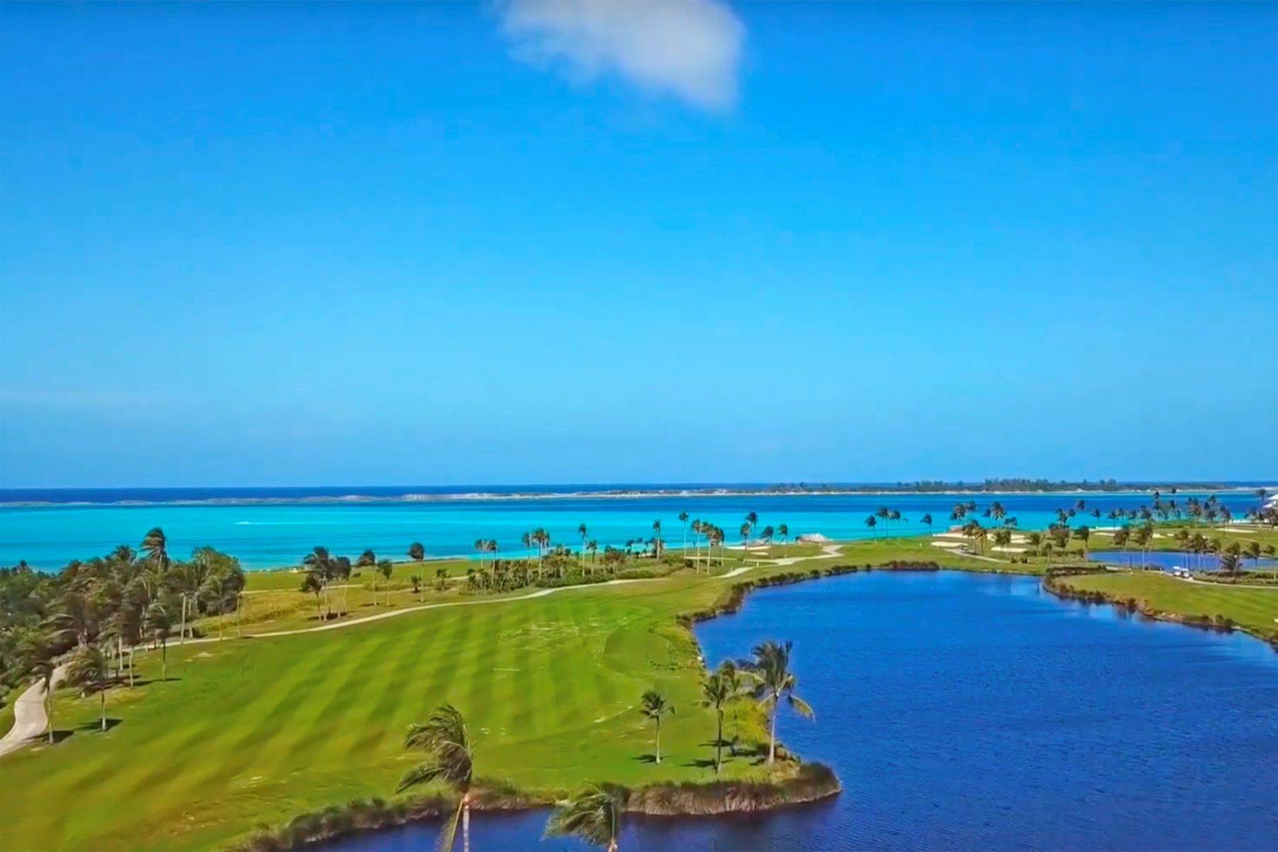37. Single Family Homes for Sale at A6.2 Ocean Club Residences & Marina Penthouse Ocean Club Residences and Marina, Paradise Island, Nassau And Paradise Island Bahamas