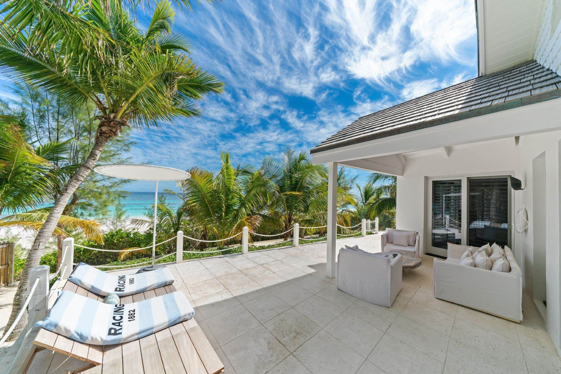 20. Single Family Homes for Sale at Harbour Island, Eleuthera Bahamas