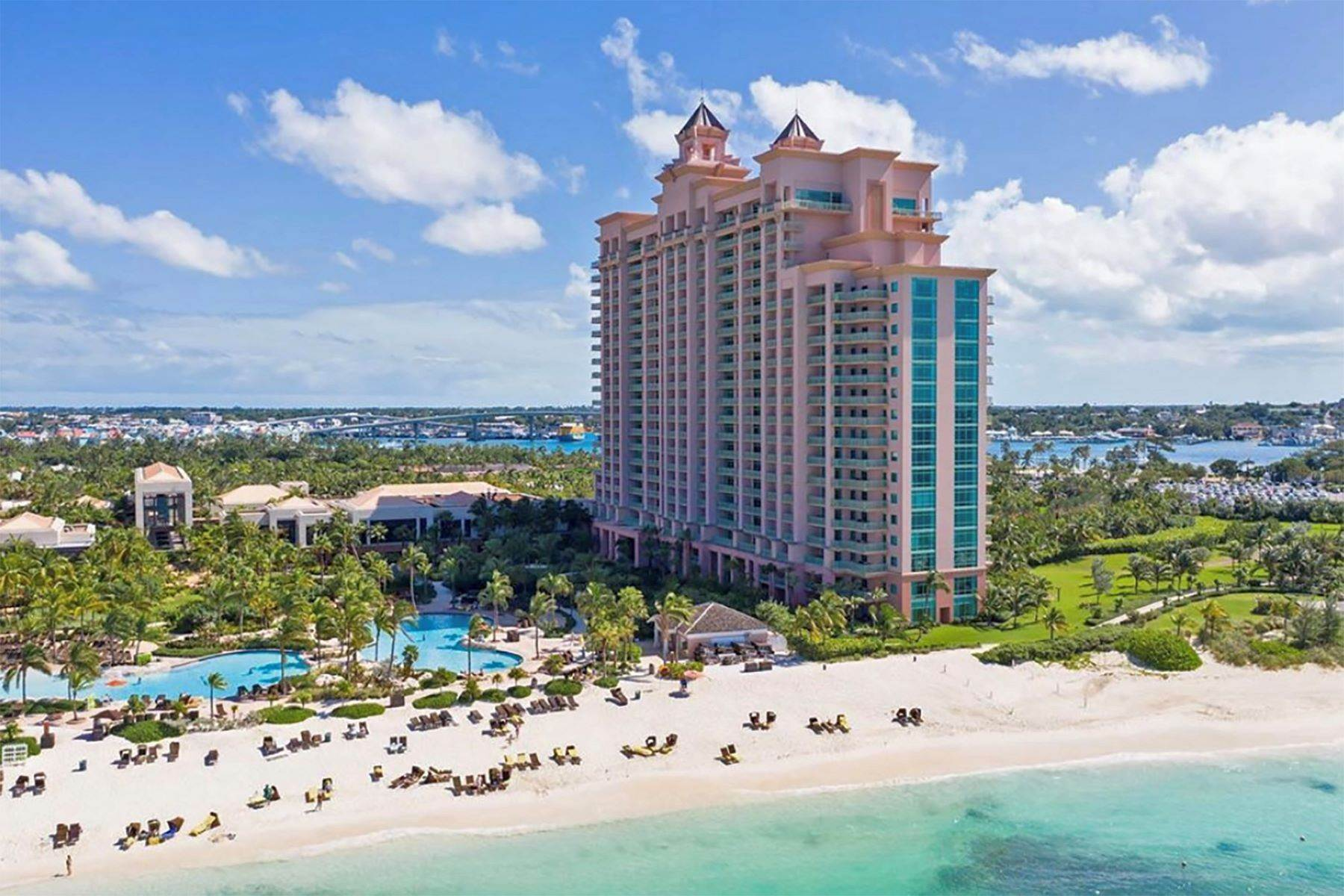 Condominiums for Sale at Paradise Island, Nassau And Paradise Island Bahamas
