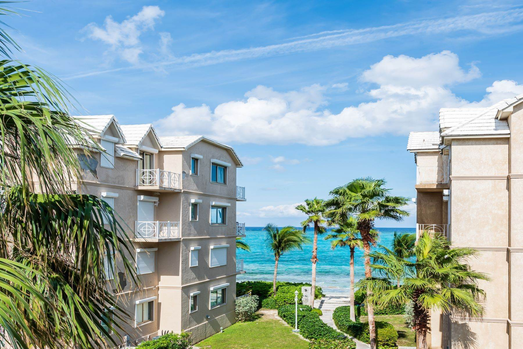 Single Family Homes à Love Beach Walk Unit #5, Building #2 Love Beach Walk, Love Beach, New Providence/Nassau Bahamas