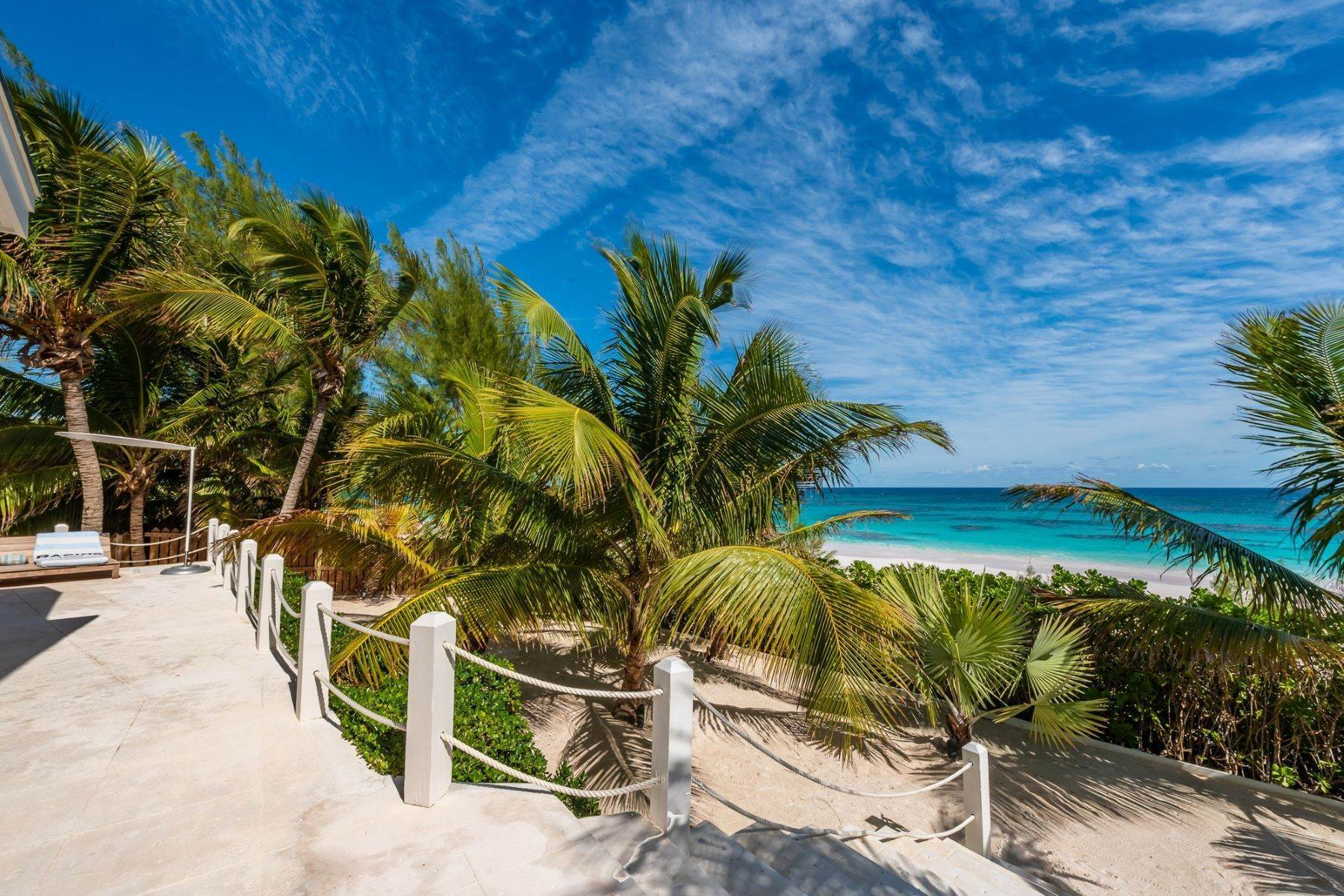 32. Single Family Homes for Sale at Harbour Island, Eleuthera Bahamas