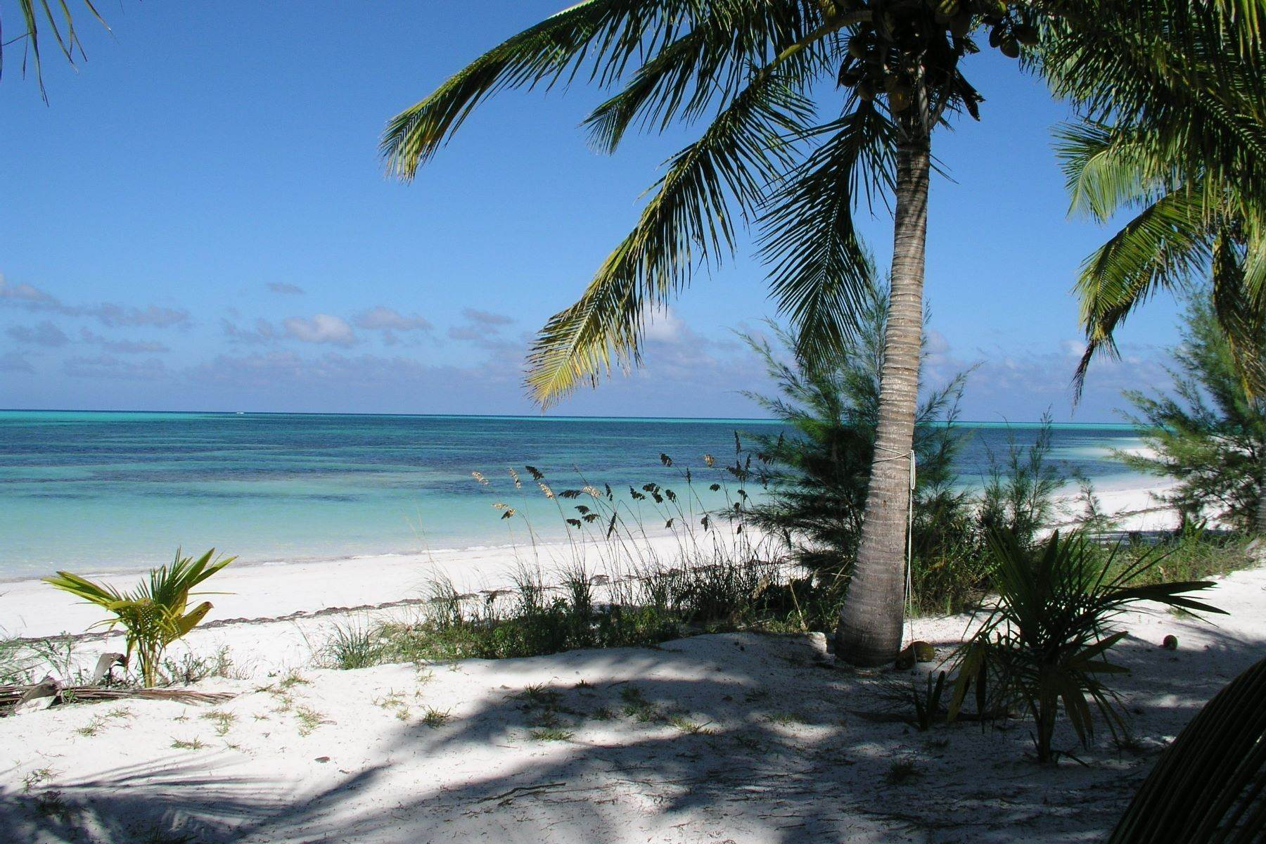 Single Family Homes for Sale at Tranquility - Beachfront Cottage Spanish Wells, Eleuthera Bahamas