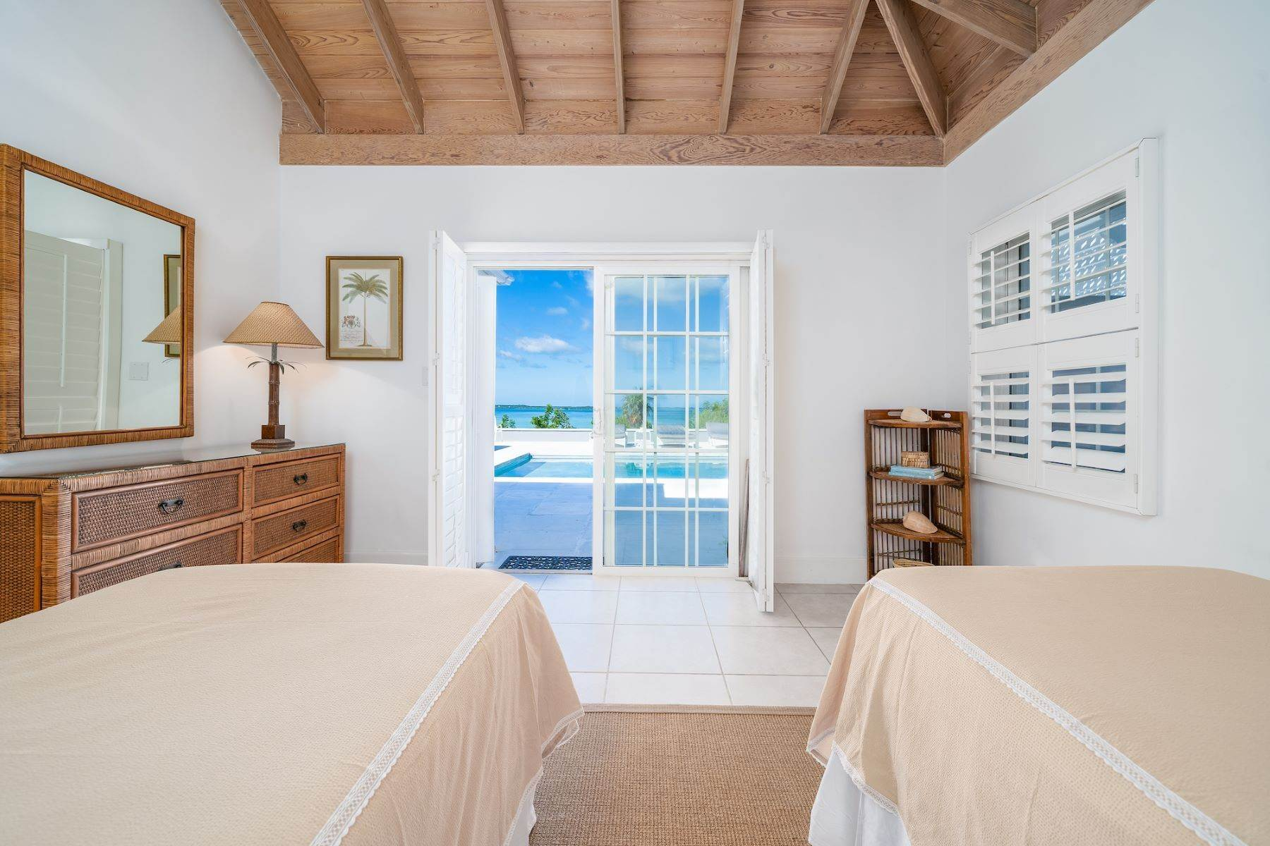 10. Single Family Homes for Sale at Harbour Island, Eleuthera Bahamas
