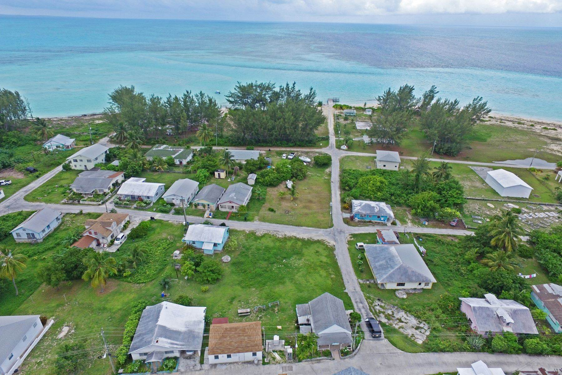 Land für Verkauf beim Vacant Lot near Beach - Current Settlement Current, Eleuthera Bahamas