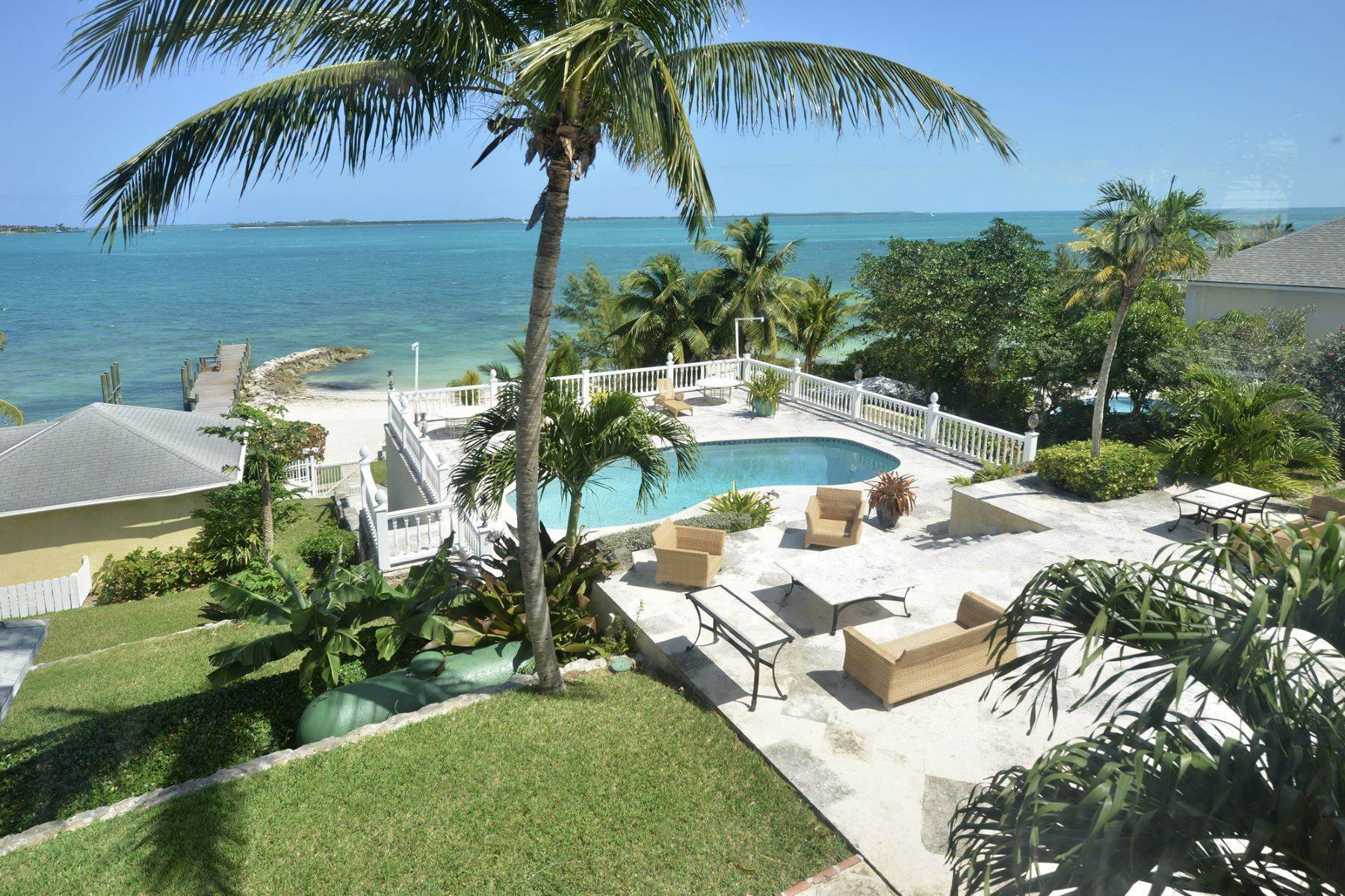 Single Family Homes für Verkauf beim Full Moon Estate off Eastern Road Eastern Road, New Providence/Nassau Bahamas