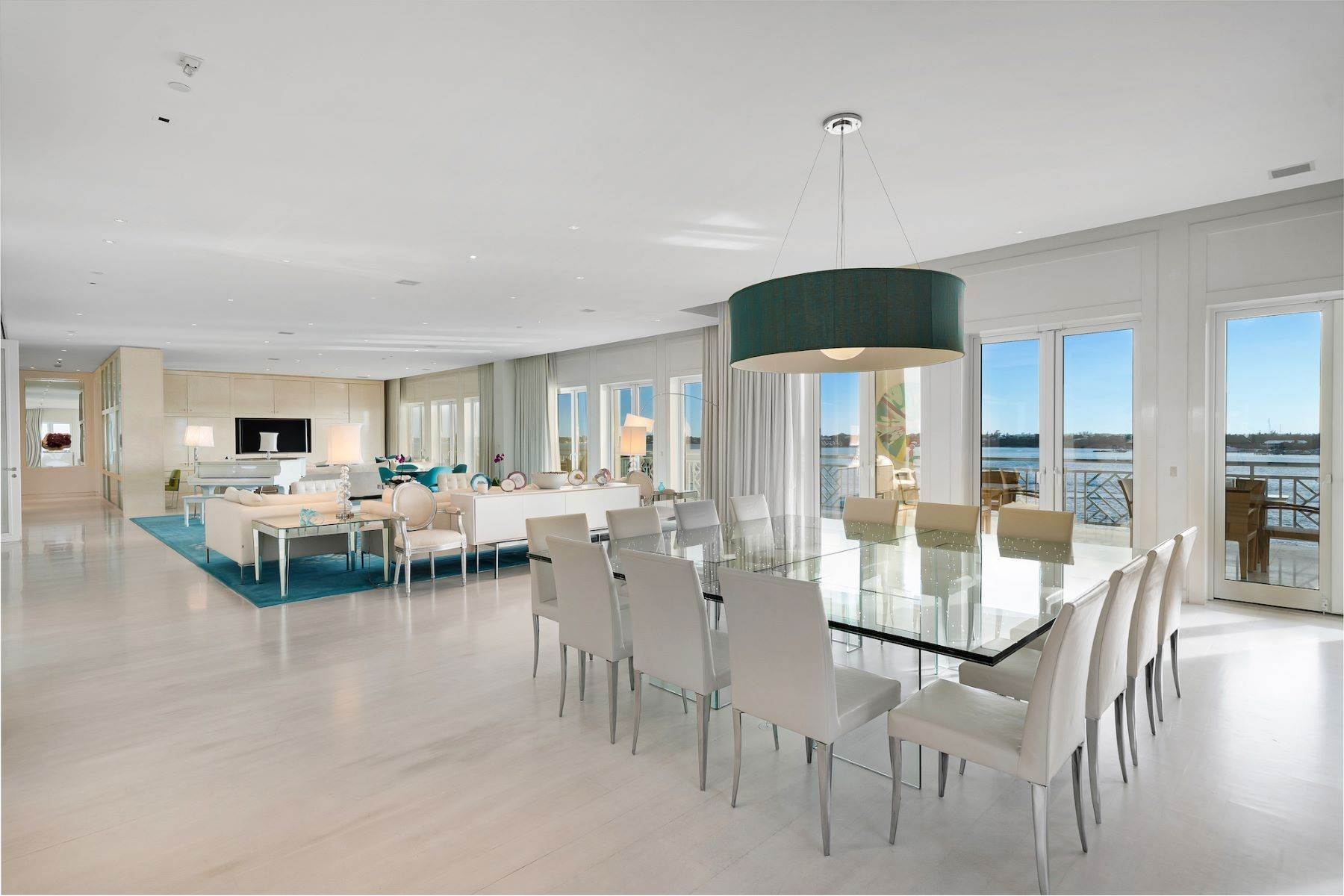 4. Single Family Homes for Sale at A6.2 Ocean Club Residences & Marina Penthouse Ocean Club Residences and Marina, Paradise Island, Nassau And Paradise Island Bahamas