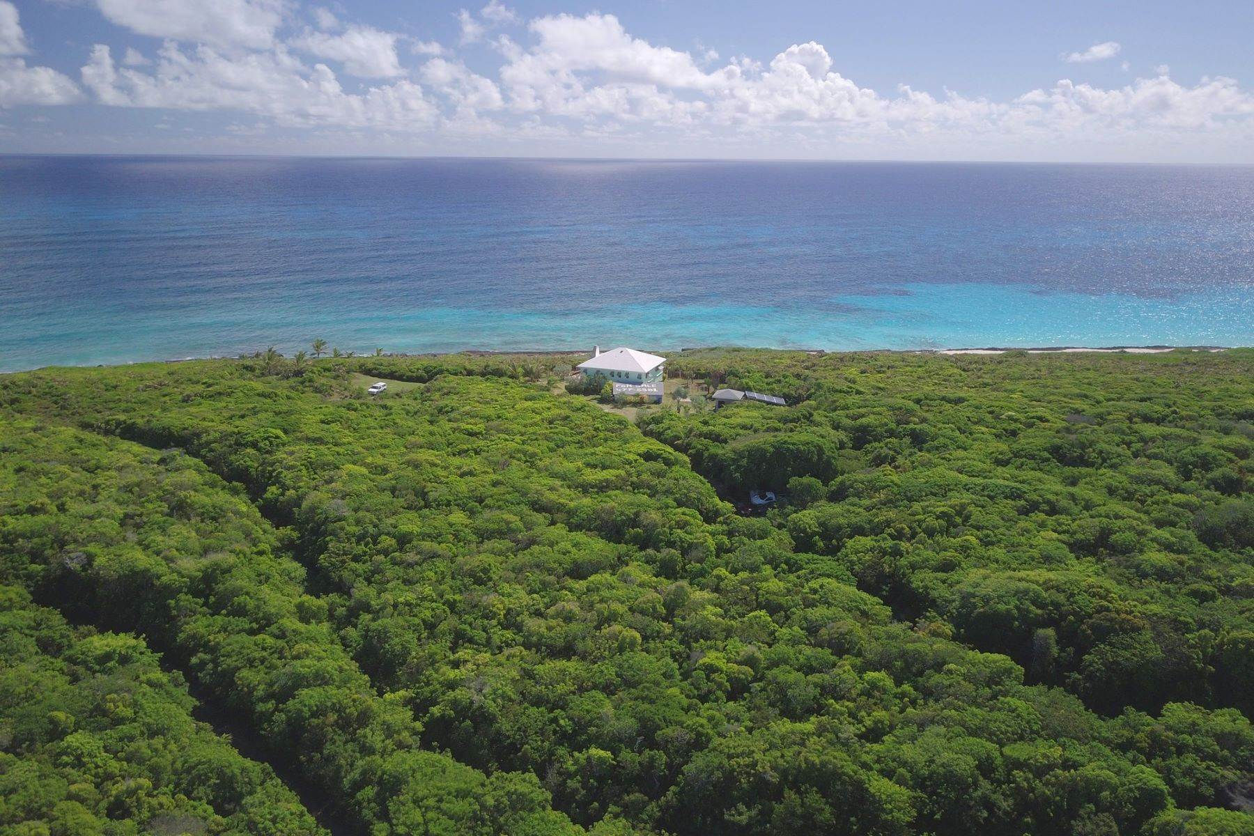 Single Family Homes por un Venta en The Sweeting House at Joe Bookie's Bay Lot 9 & 10 Little Harbour, Abaco Bahamas