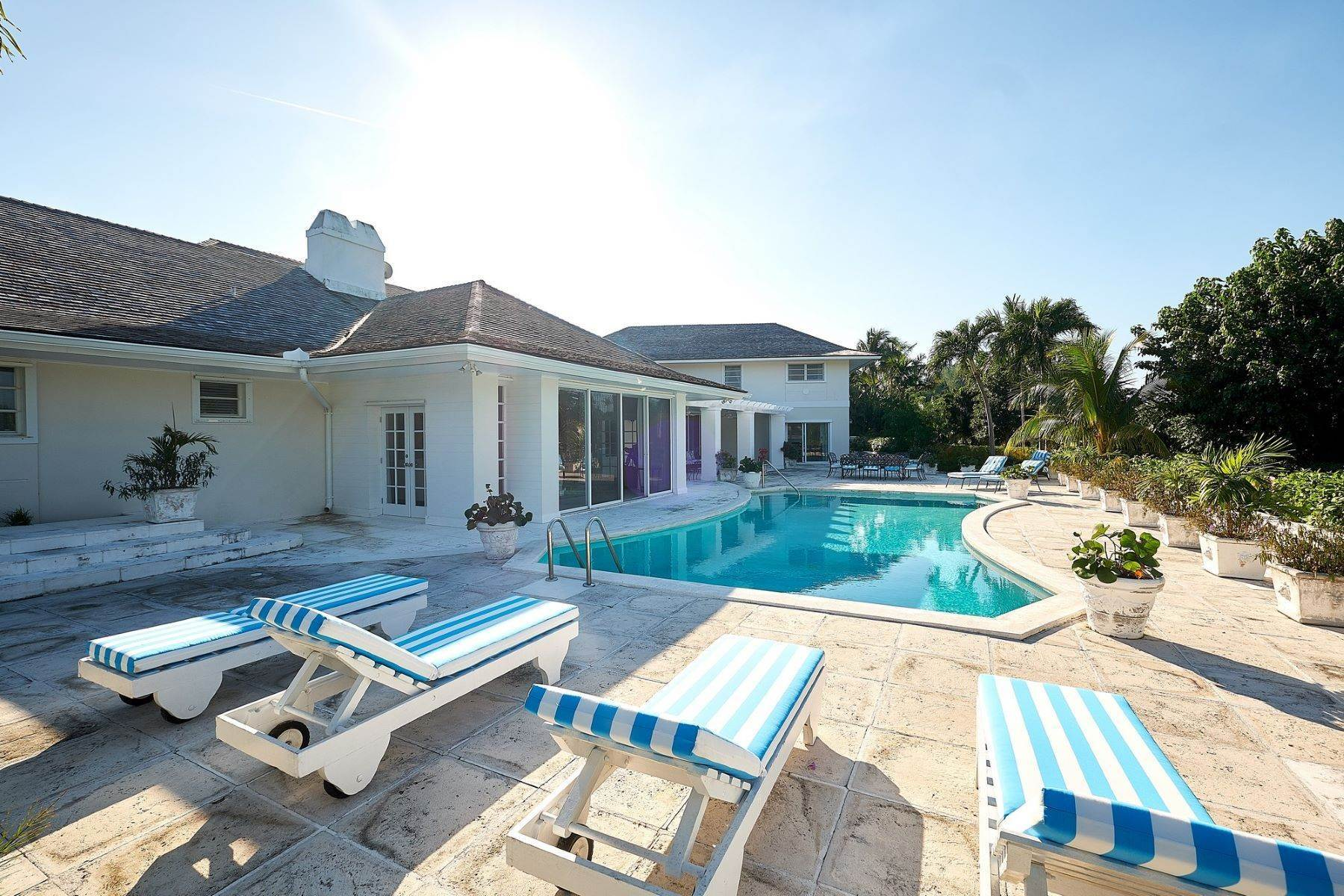 Single Family Homes at A little bit of heaven, West Lyford Place Lyford Cay, Nassau And Paradise Island 0 Bahamas