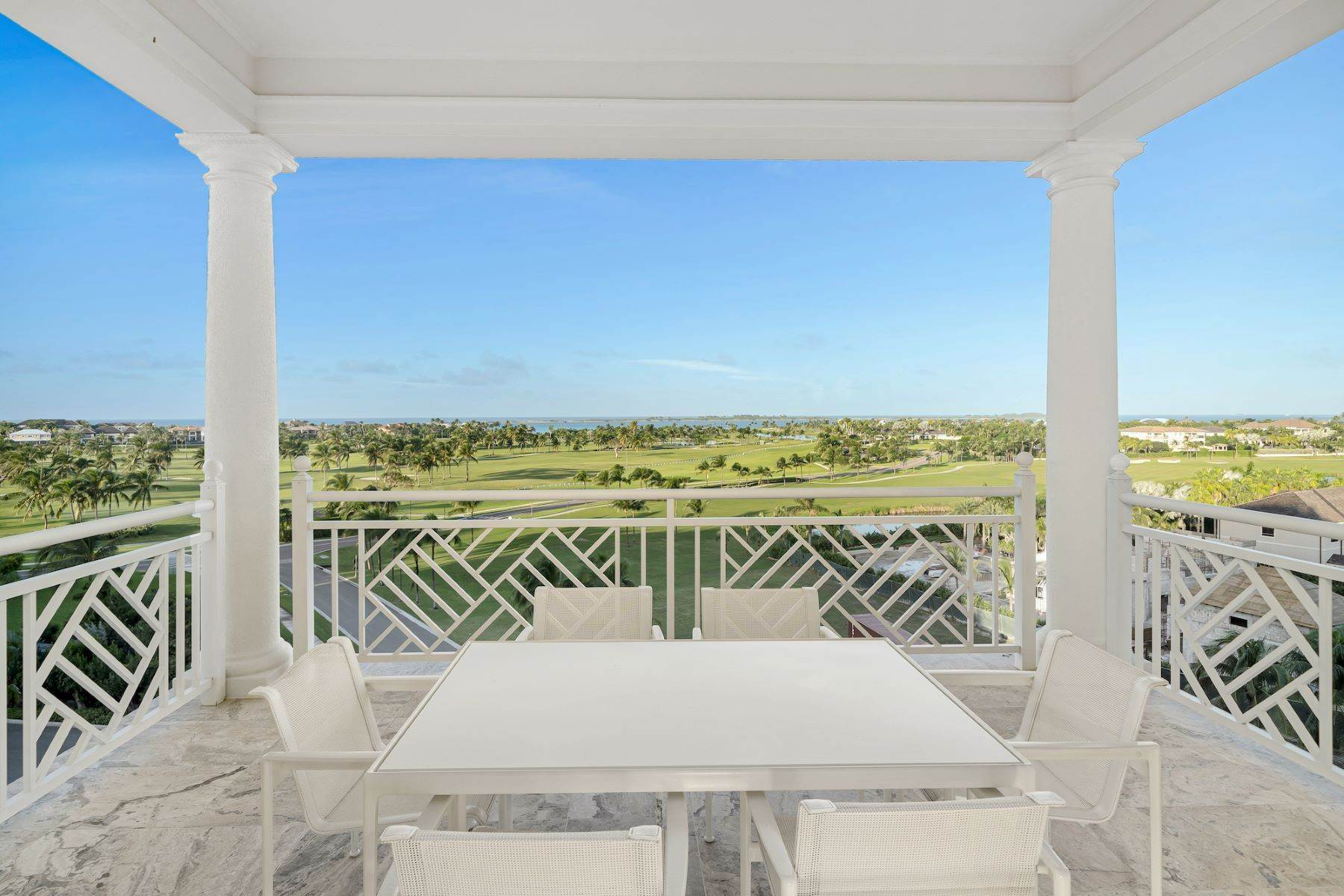 13. Single Family Homes for Sale at A6.2 Ocean Club Residences & Marina Penthouse Ocean Club Residences and Marina, Paradise Island, Nassau And Paradise Island Bahamas