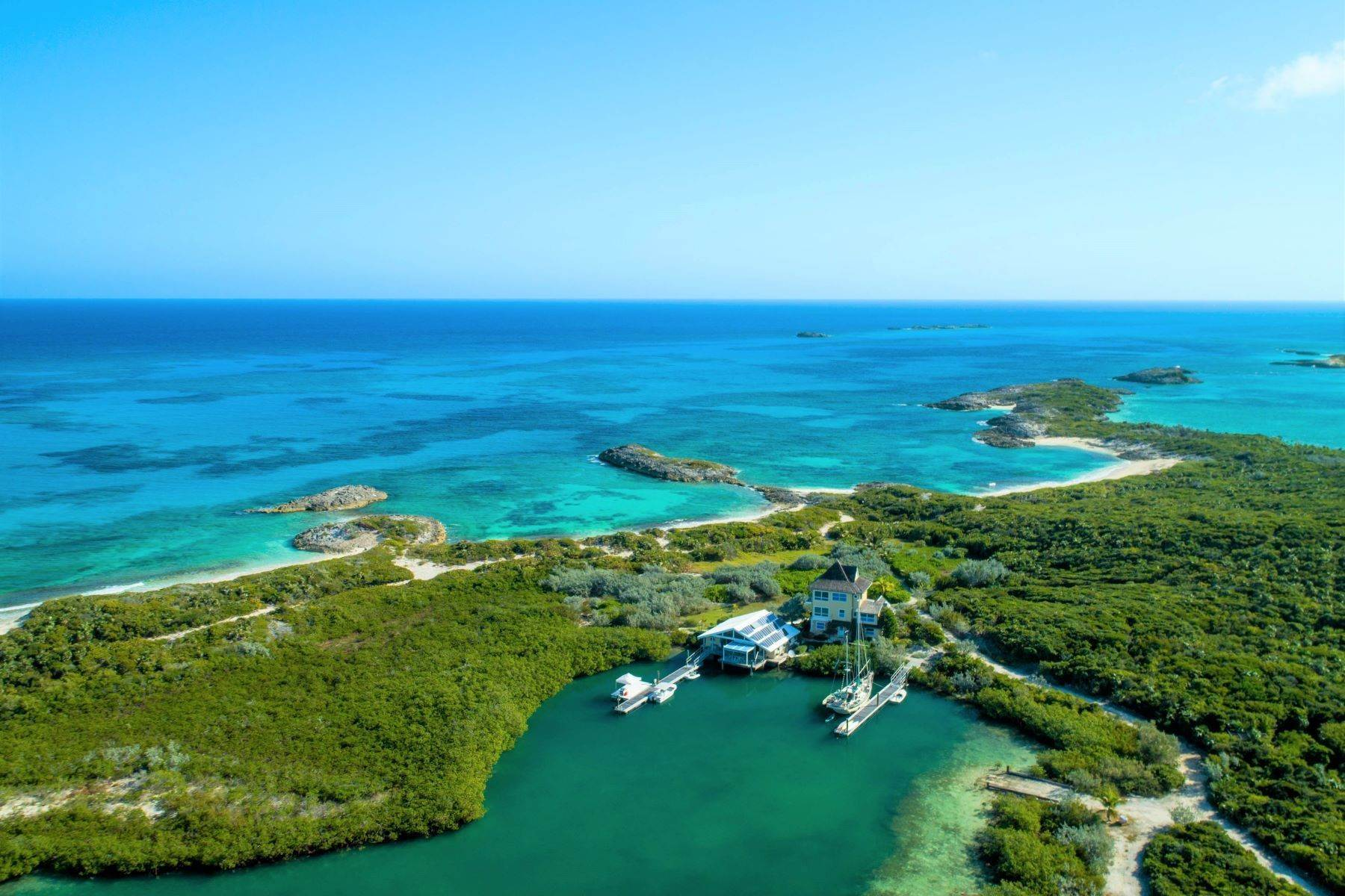 Private Islands für Verkauf beim Top of the World Georgetown, Exuma Bahamas