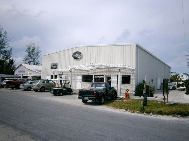 Property pour l Vente à Teen Planet Building - Commercial Investment Property Spanish Wells, Eleuthera Bahamas
