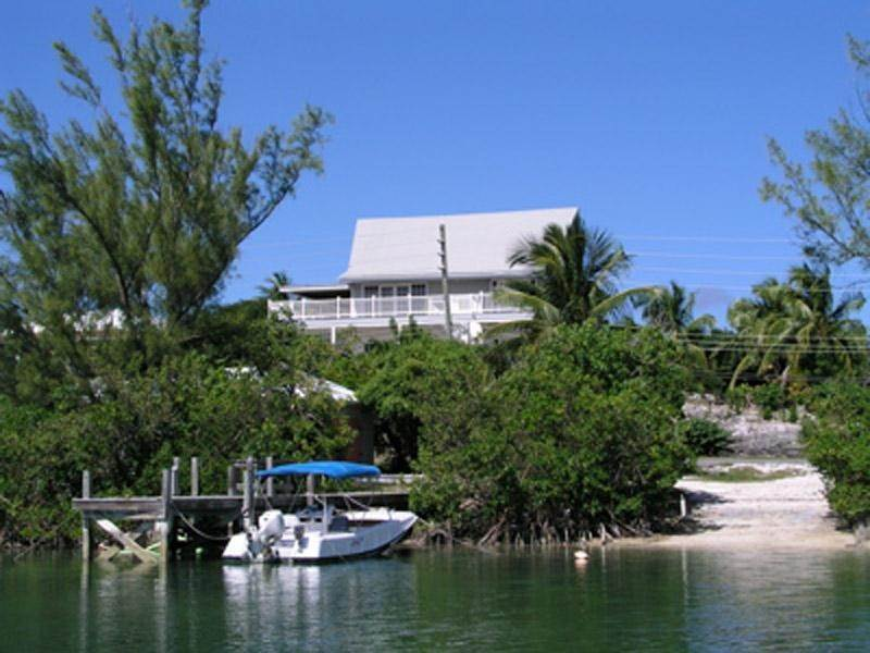 Single Family Homes for Sale at Bahama Breeze - Great Harbour Views! Spanish Wells, Eleuthera Bahamas